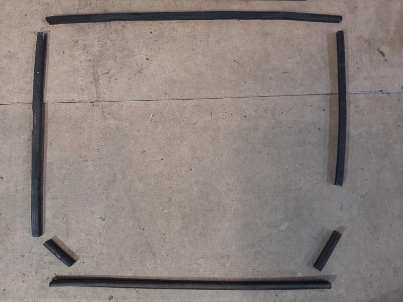 Комплект уплотнительных прокладок Bmw X5 E70 3.0 N57D30A 2009 передний (б/у)