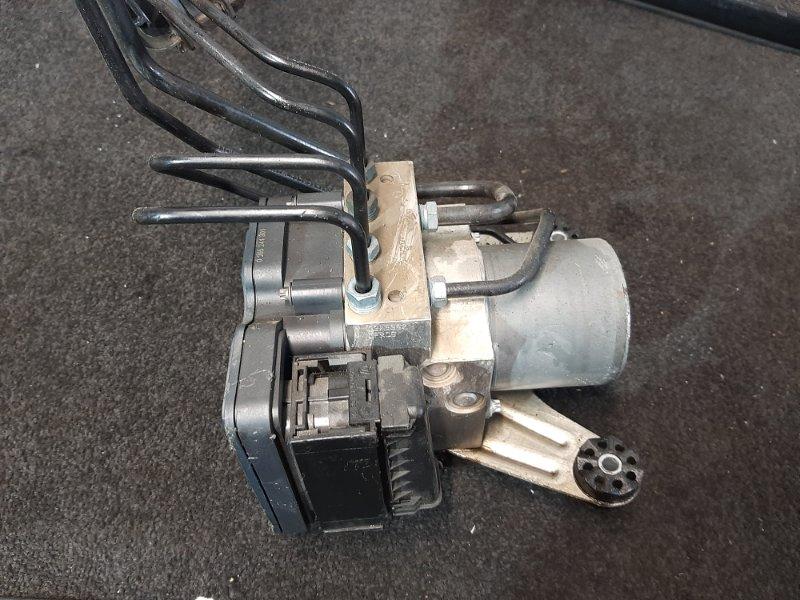 Блок abs Bmw 5-Series F11 3.0 N57D30A 2009 передний (б/у)