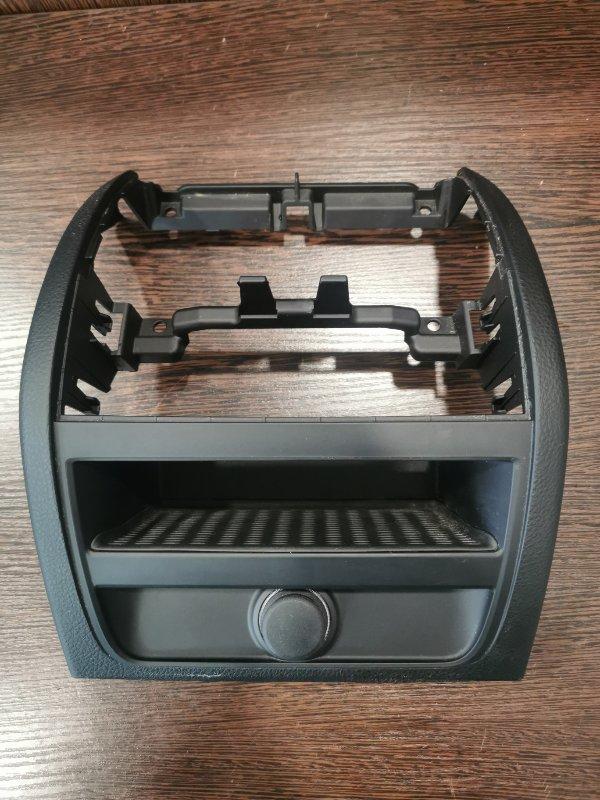 Накладка центральной консоли Bmw 5-Series F10 2009 задняя (б/у)