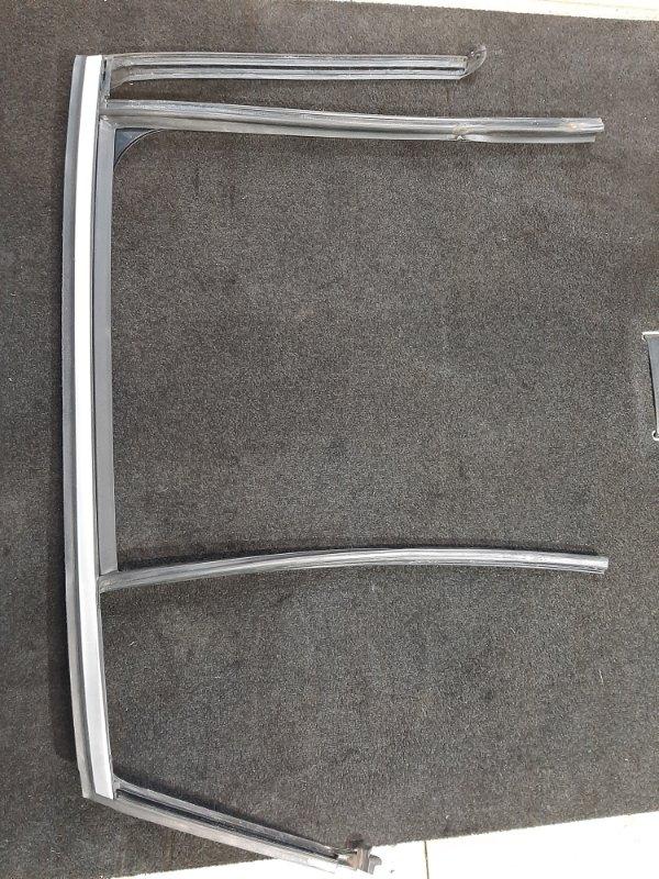 Молдинг двери Bmw X4 F26 2.0 B47D20A 2013 задний правый (б/у)