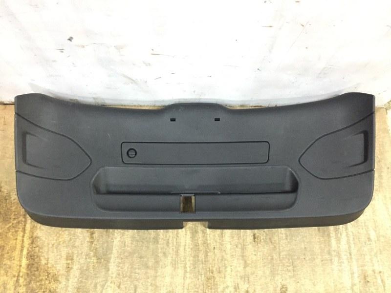 Обшивка багажника Audi Rsq3 8U 2011 задняя нижняя (б/у)