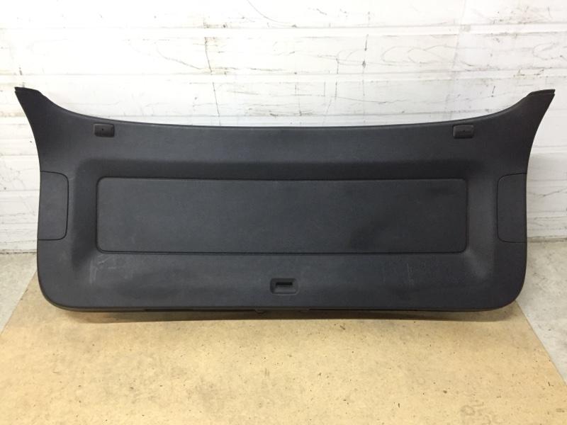 Обшивка багажника Volkswagen Tiguan 5N 2.0 T CAWA 2007 задняя нижняя (б/у)