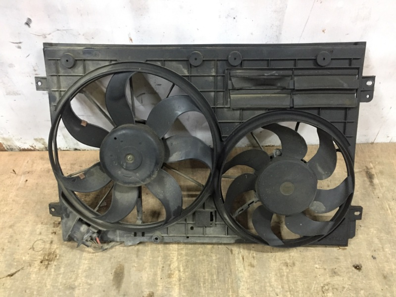 Диффузор вентиляторов Volkswagen Tiguan 5N 2.0 T CAWA 2007 передний (б/у)