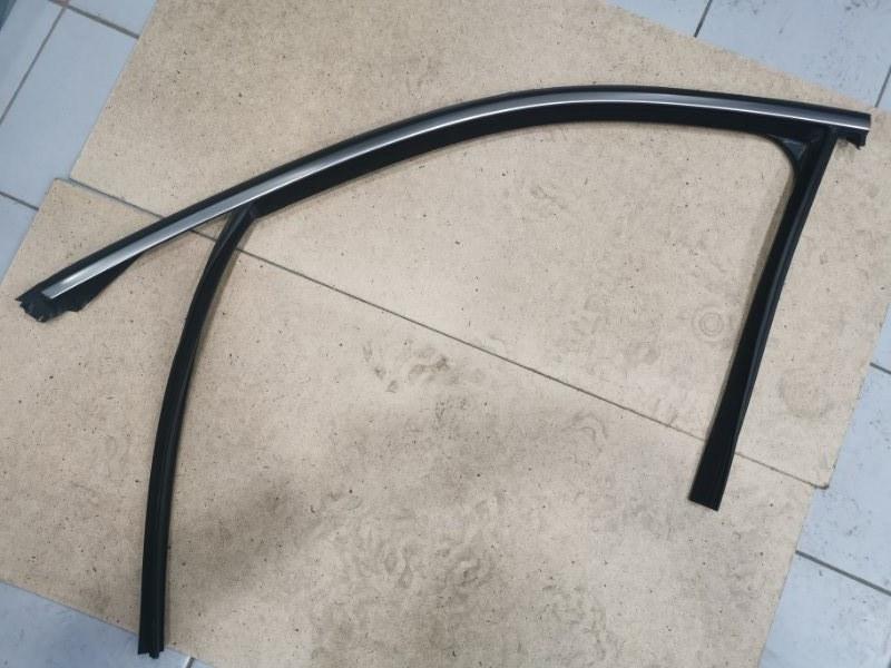 Направляющая стекла Bmw X6 F16 4.0 N57D30B передняя левая (б/у)