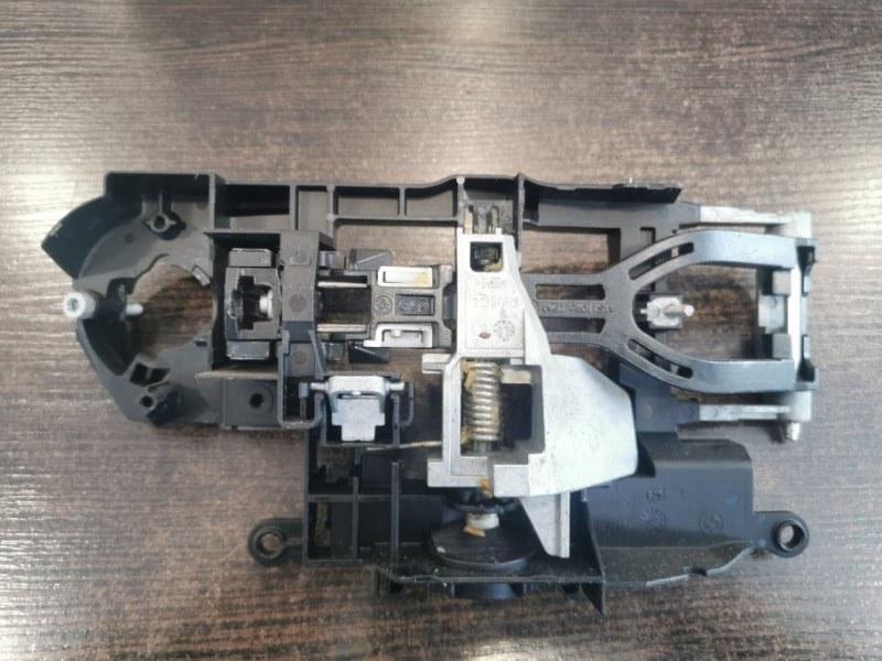 Кронштейн ручки двери Bmw 5-Series F10 2009 левый (б/у)