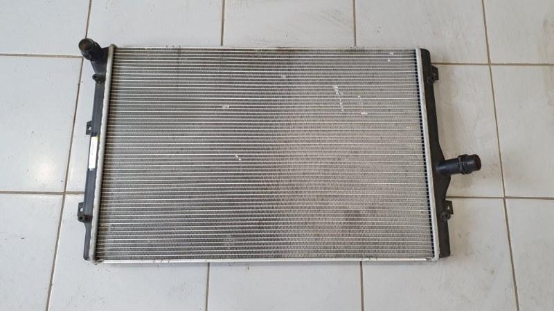 Радиатор охлаждения Volkswagen Passat 3A 2010 (б/у)