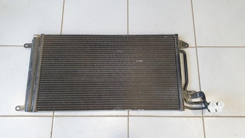Радиатор кондиционера Audi A1 8X 2010 (б/у)