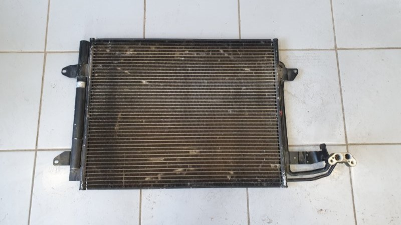 Радиатор кондиционера Volkswagen Touran 1T 2003 (б/у)