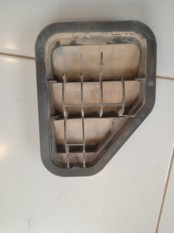 Вентиляционная решетка Volkswagen Tiguan 5N 2007 задняя левая (б/у)