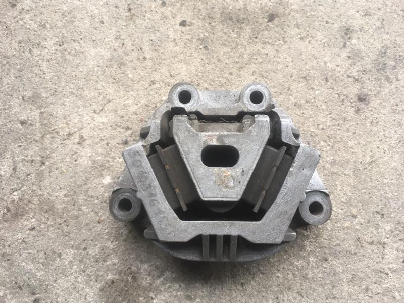 Подушка двигателя Renault Midlum передняя (б/у)