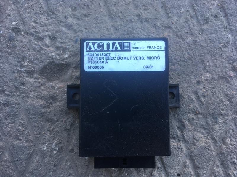 Блок электронный Renault Midlum (б/у)