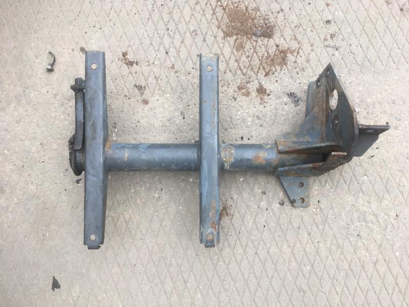 Кронштейн Daf Lf 45 передний правый (б/у)