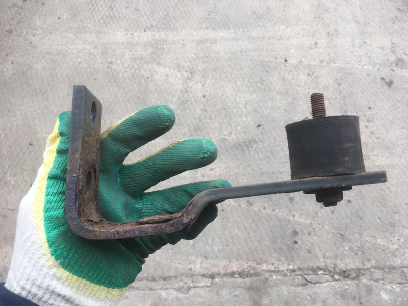Кронштейн Renault Midlum (б/у)