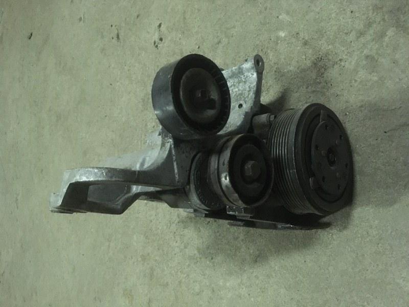 Кронштейн генератора Ford Escort 1995 (б/у)