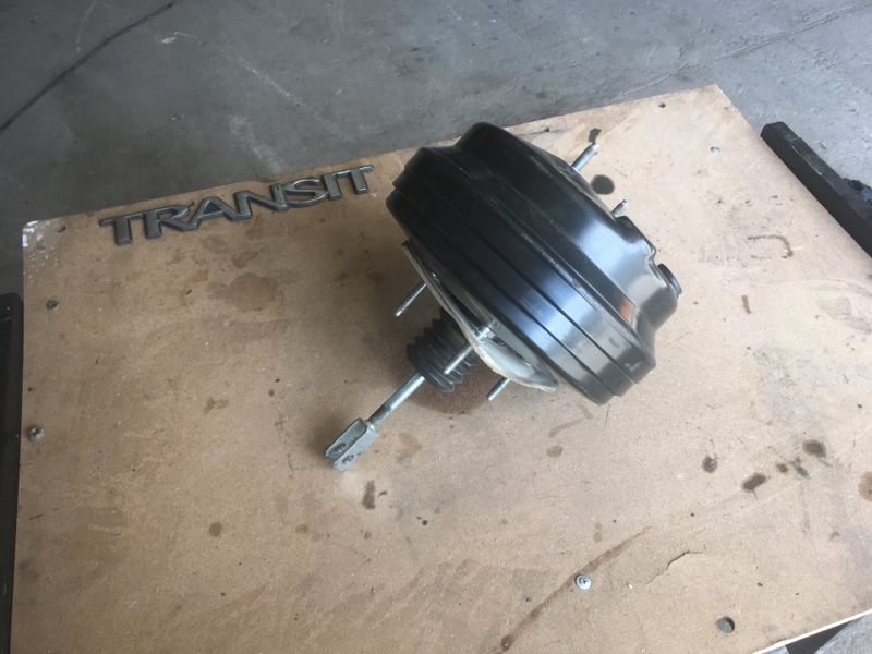 Вакуумный усилитель Ford Transit ОБЫЧНЫЙ ГРУЗОВОЙ ФУРГОН 2.2L CR TC I4 DSL 155PS 2012 (б/у)