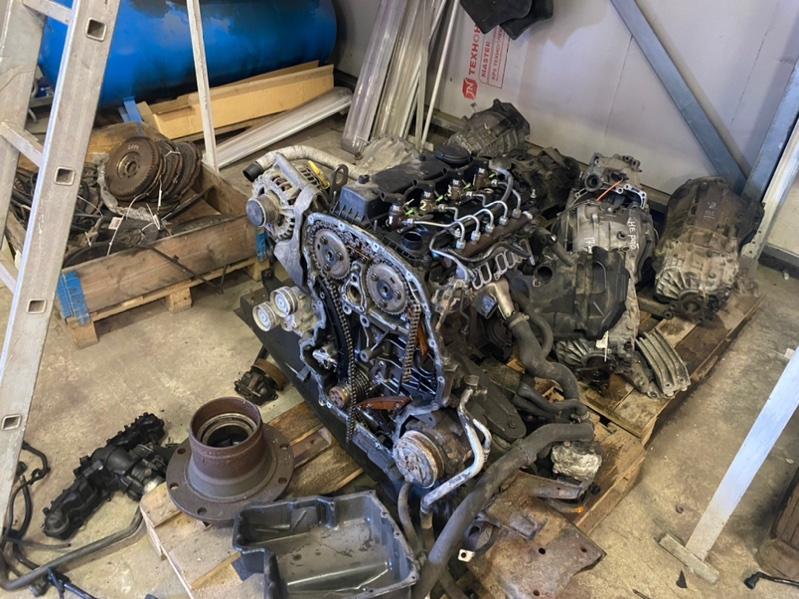 Двигатель Ford Transit ОБЫЧНЫЙ ГРУЗОВОЙ ФУРГОН 2.2L CR TC I4 DSL 155PS 2012 (б/у)