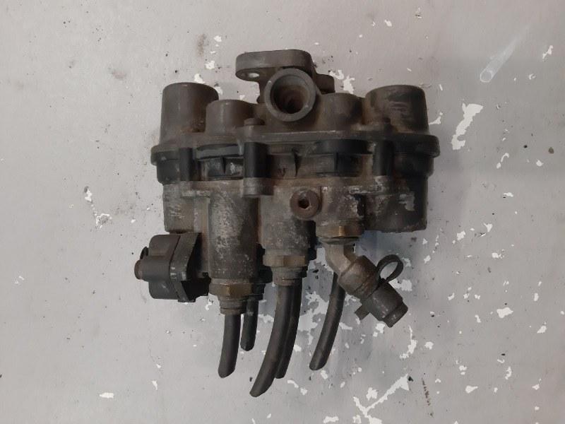 Клапан четырехконтурный (б/у)