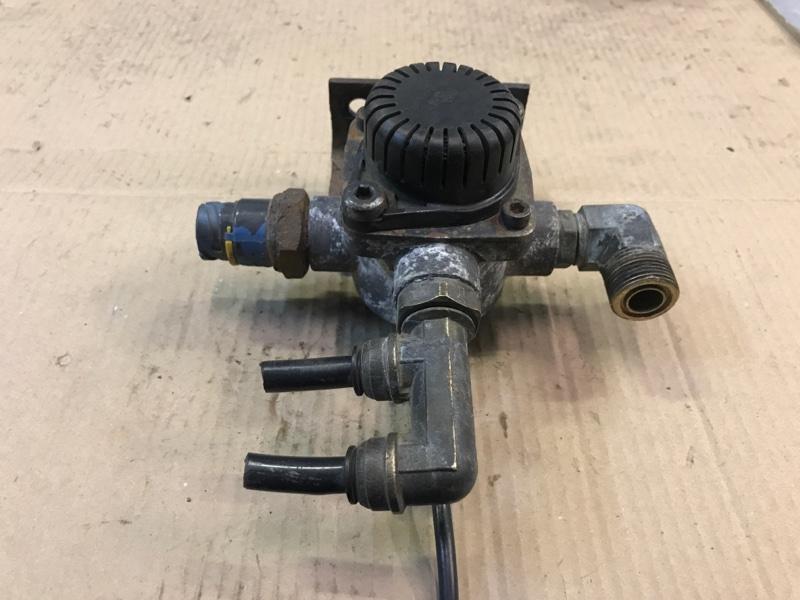 Ускорительный клапан (б/у)