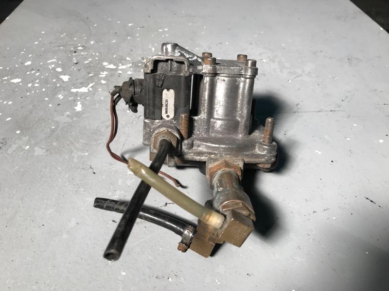 Клапан ускорительный Daf (б/у)