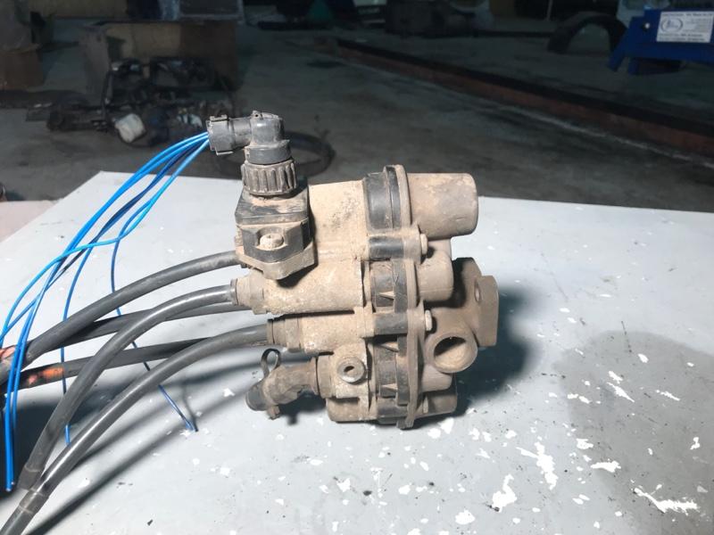 Кран осушителя воздуха Daf Lf 45 / 55 (б/у)