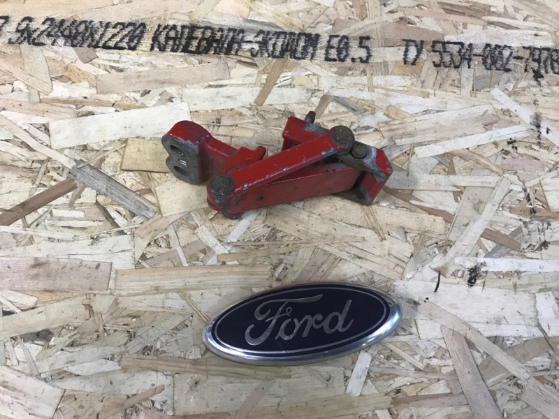 Петля двери Ford Transit 2000/2014 задняя правая (б/у)