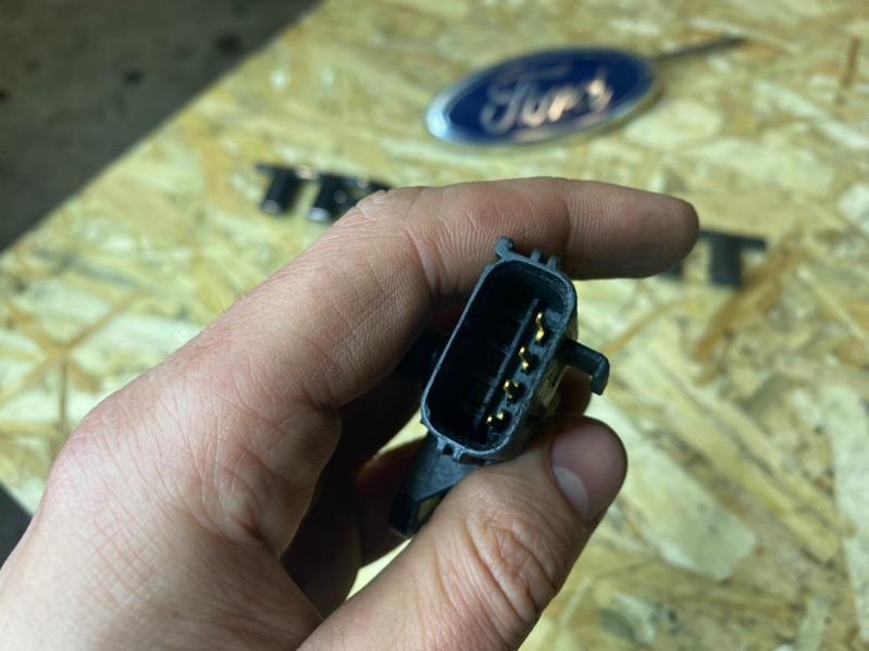 Датчик положения коленвала Ford Transit TT9 2 2012/2020 (б/у)