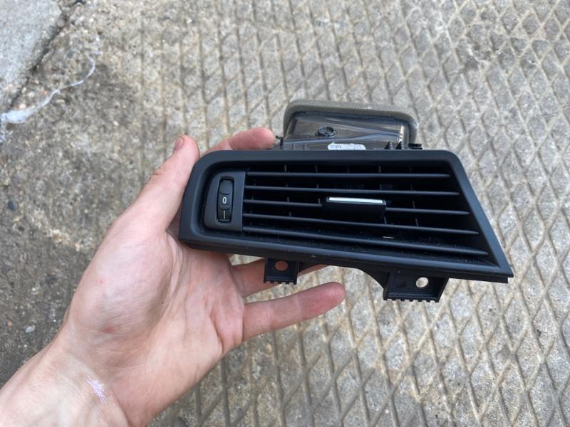 Дефлектор воздушный Bmw 520D F10N ДИЗЕЛЬ 2015 передний левый (б/у)