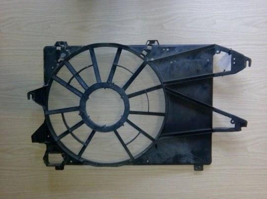 Диффузор без вентилятора Ford Mondeo 3 B5Y