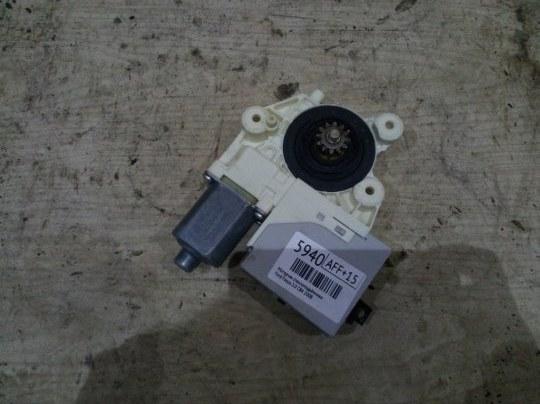Мотор стеклоподъёмника Ford Focus 2 CB4 2.0 I 2008