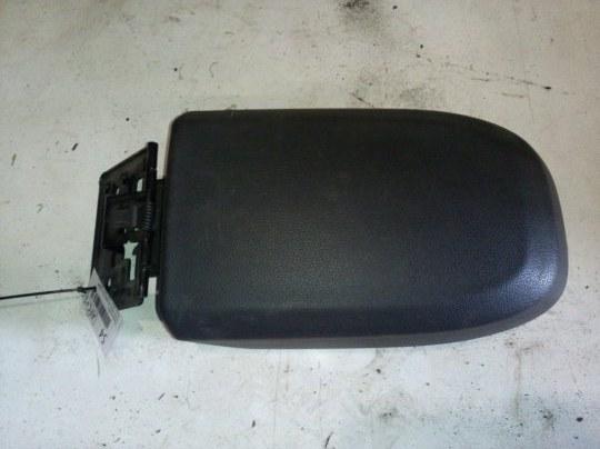 Крышка подлокотника Ford C-Max C214 2.0 I 2008
