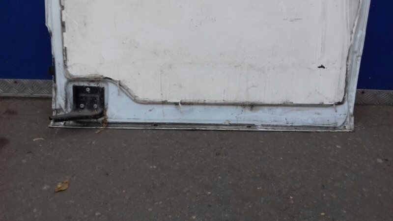 Дверь Mersedes Vito W 639 правая
