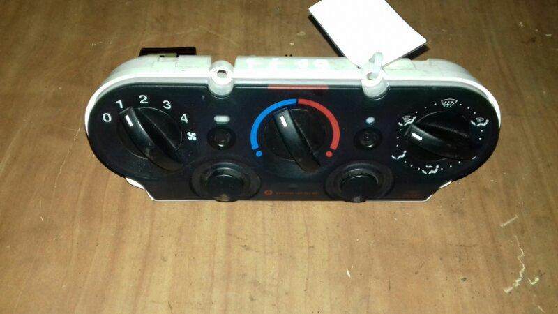 Блок управления печкой Ford Fusion CBK 2002
