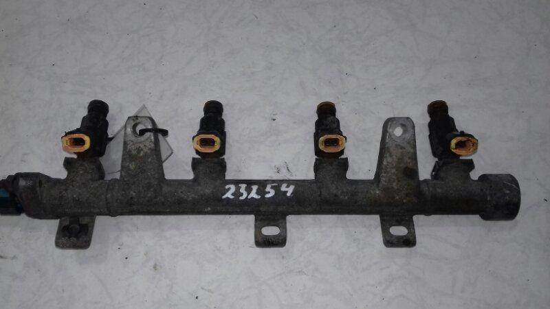 Топливная рампа Hyundai Matrix 1.6 I 2001
