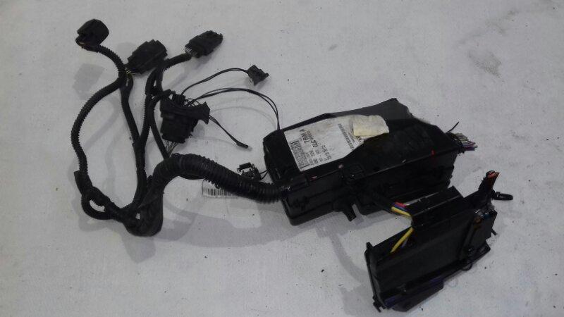 Блок предохранителей под капотом Ford Focus 3 CB8 1.6 I DURATEC TI-VCT (105PS) - SIGMA 2011
