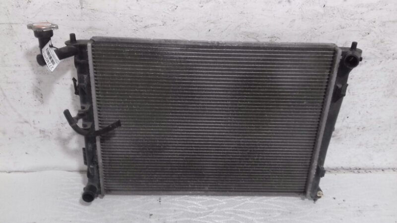 Радиатор охлаждения (основной ) Kia Ceed ED 1.6 I 2010