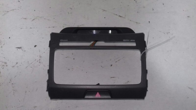 Центральная консоль Kia Sportage SL 1.6 I G4FD 2012
