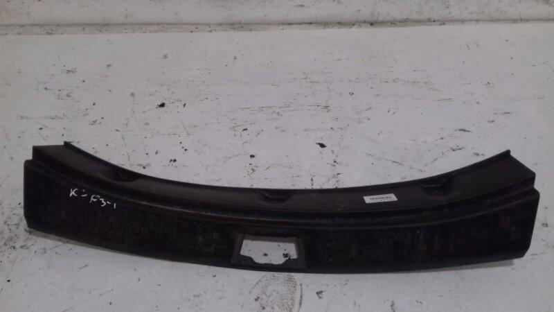 Накладка крышки багажника Kia Sportage SL 1.6 I G4FD 2012