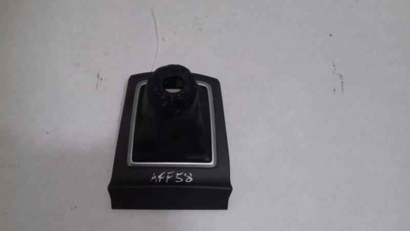 Чехол ручки кпп Ford Focus 2 CB4 1.6 I DURATEC-16V TI-VCT (115/120PS) 2005