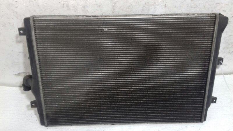 Радиатор охлаждения (основной ) Volkswagen Passat B6 2.0 TD BKP 2007