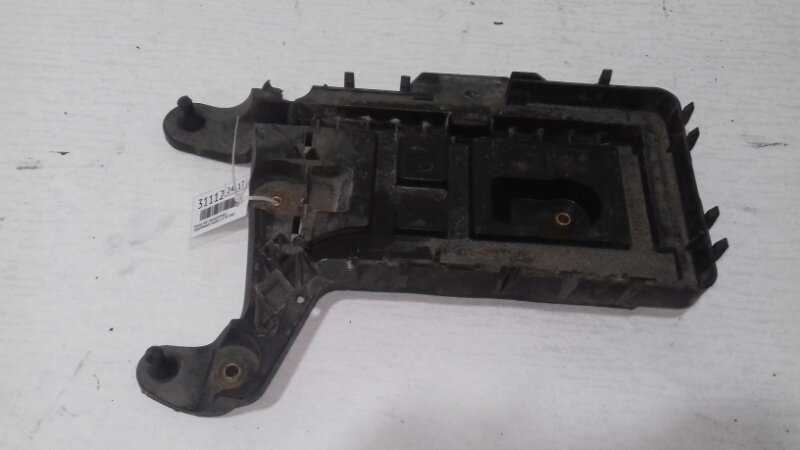 Корпус аккумулятора Volkswagen Passat B6 2.0 TD BKP 2007