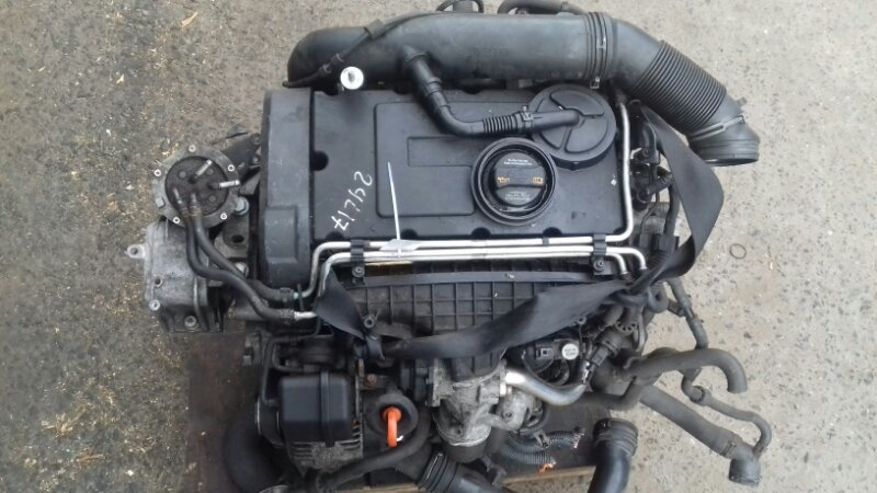 Двигатель Volkswagen Passat B6 2.0 TD BKP