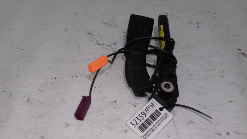 Преднатяжитель ремня безопасности Ford Focus 2 CB4 1.6 I ZETEC-S PFI (100PS) 2007 передний правый