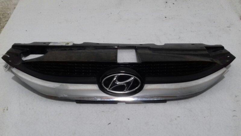 Решетка радиатора Hyundai Ix35 2.0 TD D4HA 2011 передняя