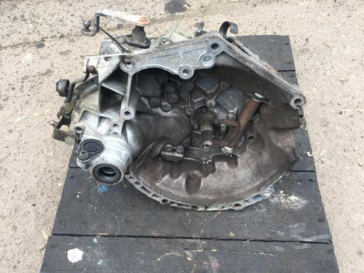 Мкпп Peugeot 207 1.4I 2004  (арт. 34483-33)