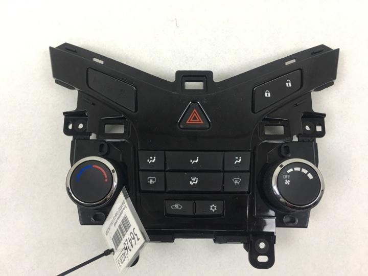 Блок управления печкой Chevrolet Cruze 1.6 I 124 Л.С. LXV 2009