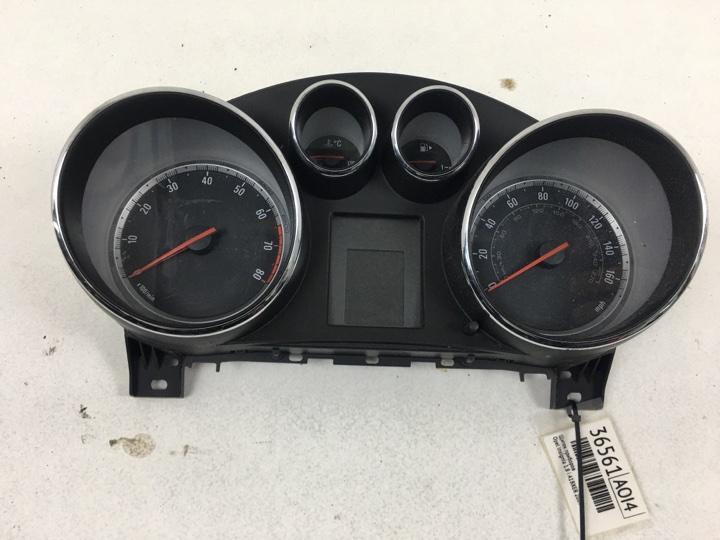 Щиток приборов Opel Insignia 0G-A 1.8 I A18XER 2009