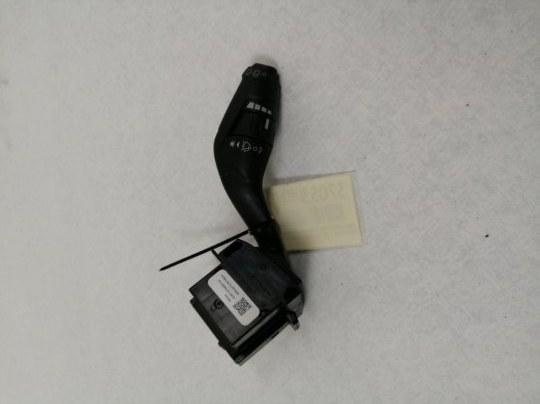 Подрулевой переключатель дворников Ford Focus 3 CB8 1.6 TD DURATORQ CR TC (115PS) - DV6 2012