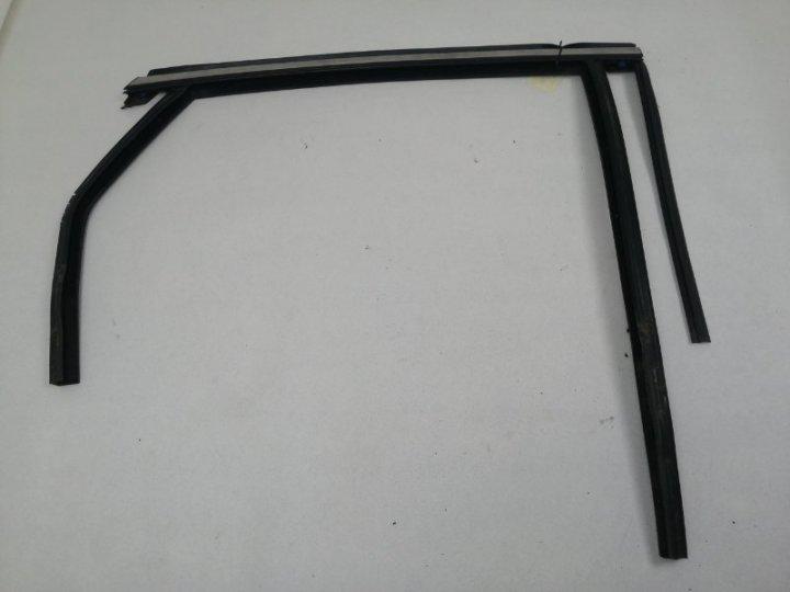 Уплотнитель стекла двери верхний Ford Mondeo 5 CD391 1.5 TI ECOBOOST (150/180PS) 2014 задний правый