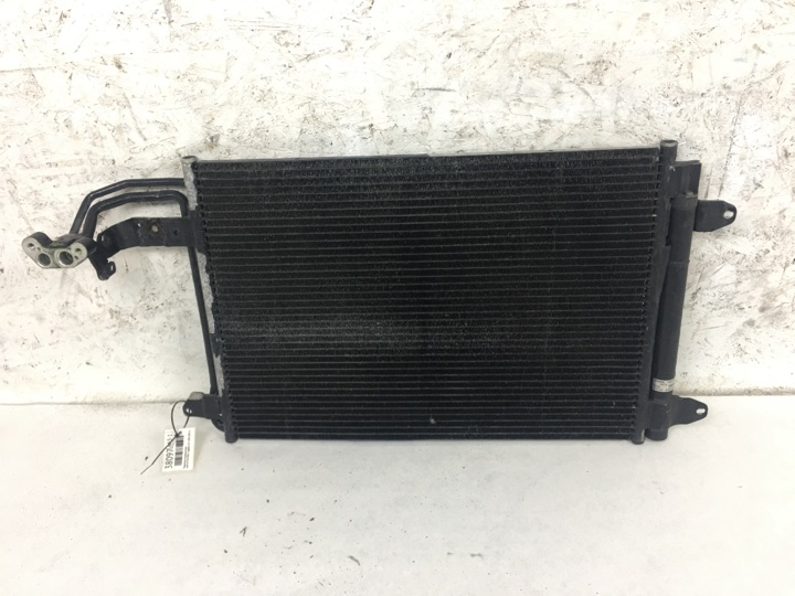 Радиатор кондиционера Audi A3 ХЭТЧБЕК 3 ДВЕРИ 2.0 I CAW (200 Л.С.) 2009