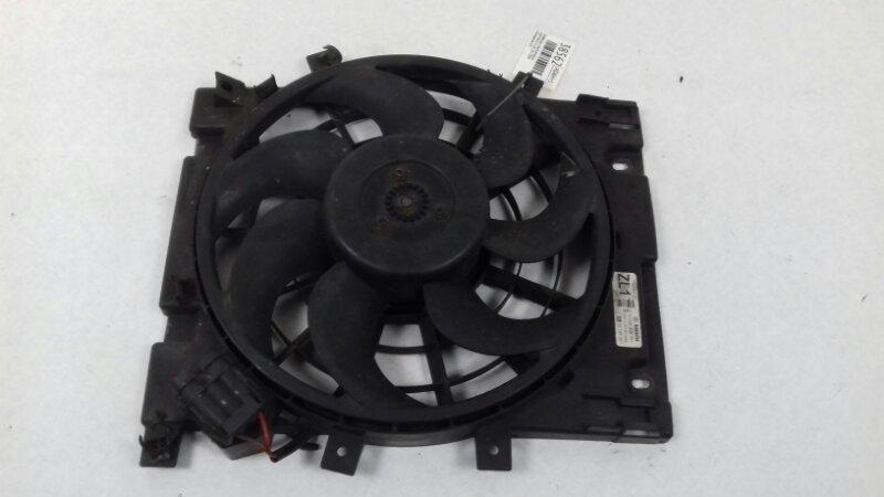 Диффузор с вентилятором Opel Astra H L48 1.8 I 2008